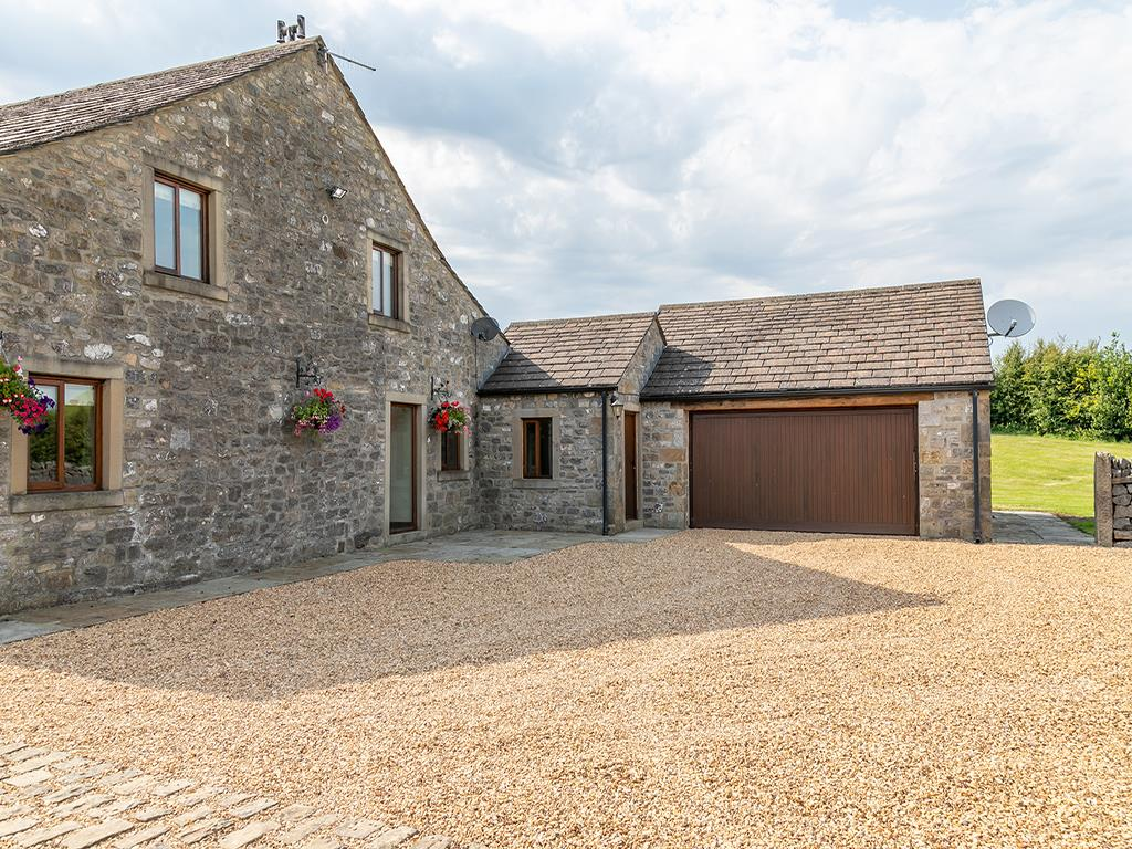 4 bedroom barn conversion For Sale in Skipton - stockbridge_Laithe-49.jpg